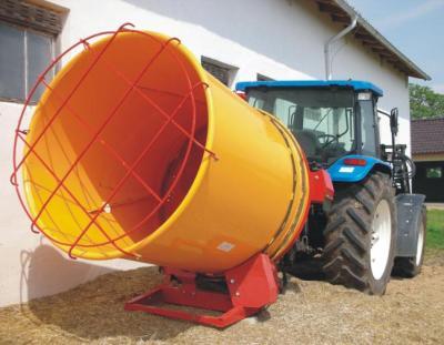 Rozdrabniacz balotów słomy zawieszany na traktorze wydajność* do 1200 kg/h