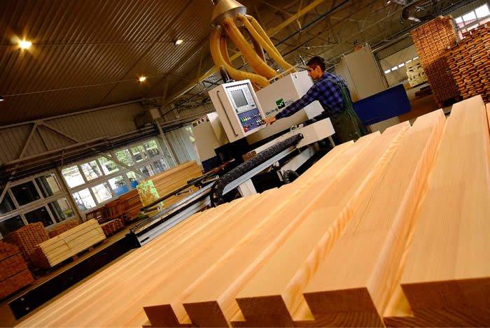 Produkcja drewnianych okien i podłóg jest opłacalna