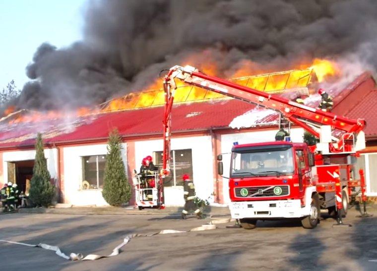 Pożar w Suchedniowskiej Fabryce Mebli Meblodex
