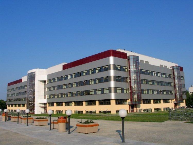 Wydział Technologii Drewna SGGW w Warszawie