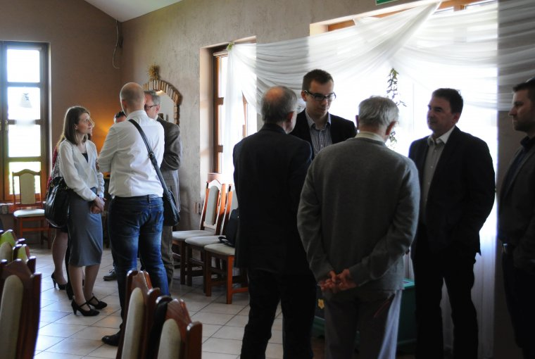 Uczestnicy spotkania chętnie dzielili się swoim doświadczeniem i pomysłami na to, w jaki sposób poprawić sytuację budownictwa drewnianego w Polsce.