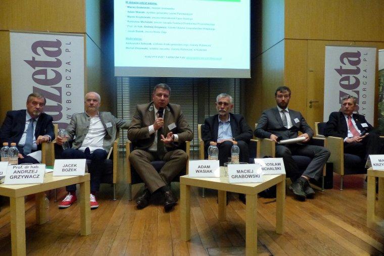 Debata: Lasy Państwowe: firma czy instytucja publiczna?