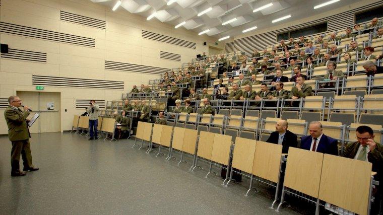 Uczestnicy konferencji naukowej omawiali konieczność weryfikacja istniejących zasięgów występowania gatunków drzew w Polsce.