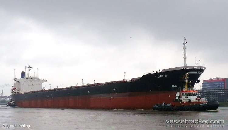 Statek Popi S