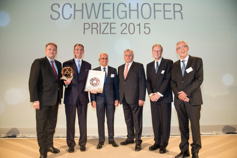 Od lewej: Andrä Rupprechter (minister środowiska), Erich Wiesner, Gerald Schweighofer, Rudolf Hundstorfer (minister pracy i polityki społecznej), Claudius Kollmann und Alfred Teischinger