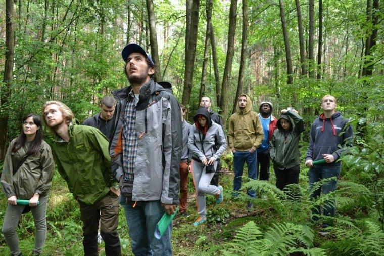 Studenci leśnictwa z osmiu krajów uczestniczyli w International Forestry Workcamp Poland 2015