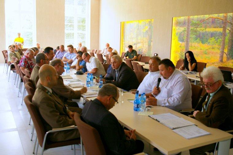 Rozmowy przedsiębiorców leśnych w RDLP Szczeciek