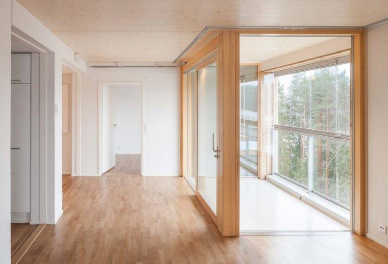 Wnętrze mieszkania w drewnianym wieżowcu