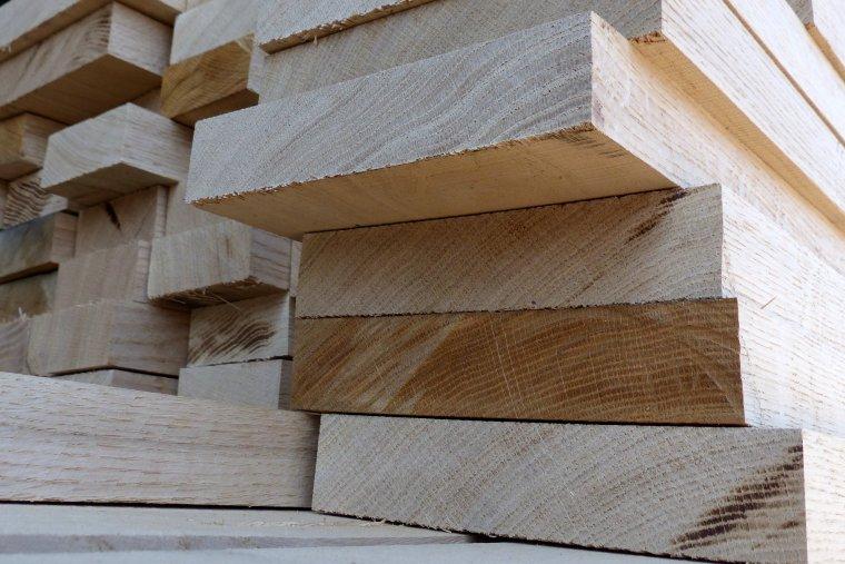 Konsolidacja na europejskim rynku półfabrykatów do produkcji podłóg drewnianych