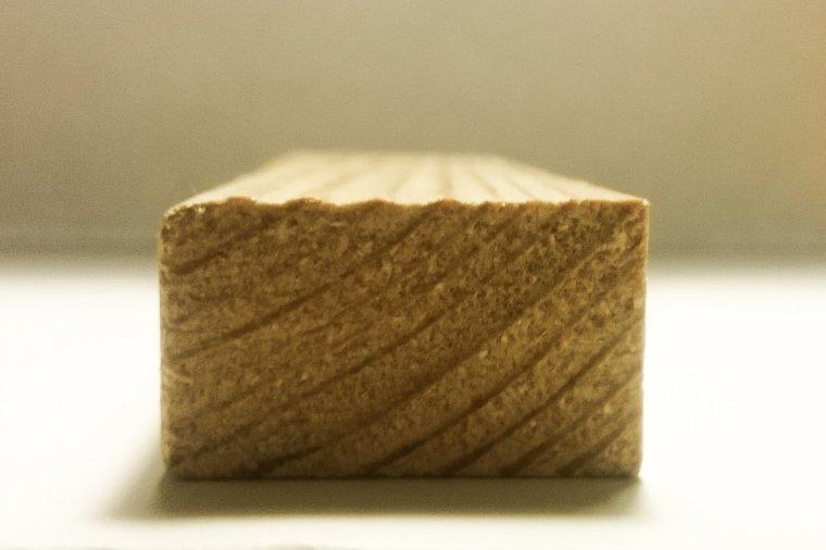 Policzkownaie - bezpyłowa strukturyzacja powierzchni drewna