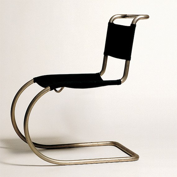 Krzesło MR 10 zaprojektowane przez Ludwiga Mies van der Rohe