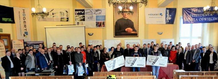 Uczestnicy konkursu Sprawny w zawodzie - Stolarz