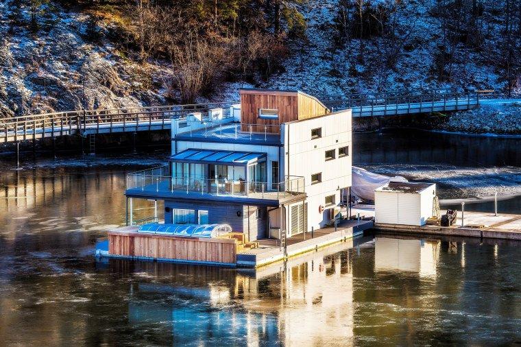 Pływający dom - Nacka - Szwecja