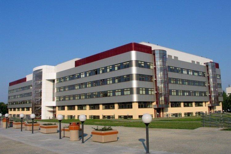 Warszawski Wydział Technologii Drewna wstrzymał rekrutację na studia zaoczne
