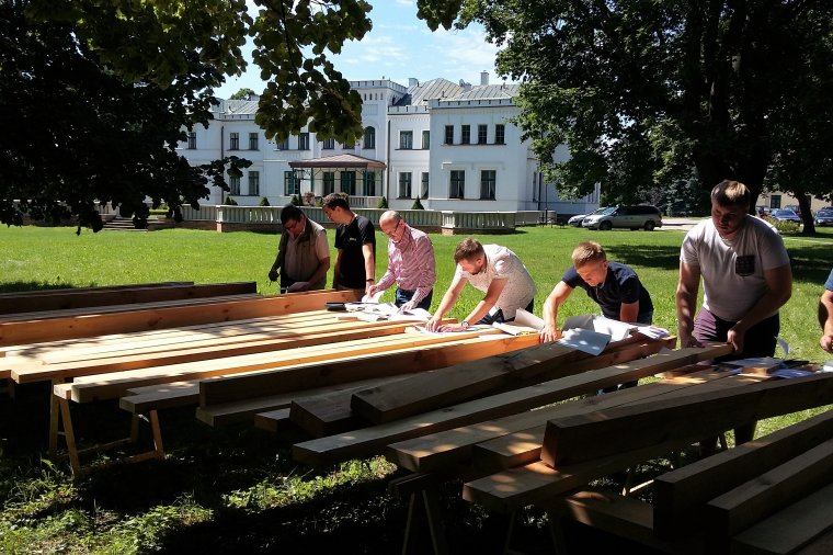 Kurs wytrzymałościowego sortowania drewna konstrukcyjnego metodą wizualną