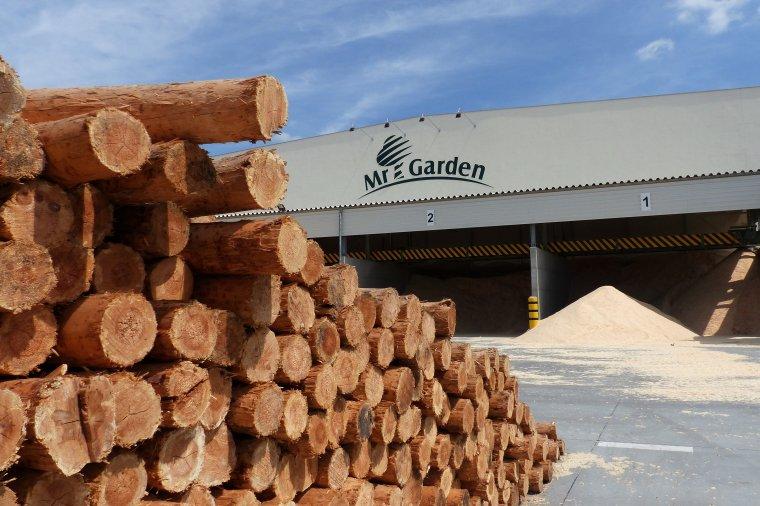 Grupa Stelmet podsumowuje inwestycję w zakład produkcji drewnianej architektury ogrodowej MrGarden w Grudziądzu