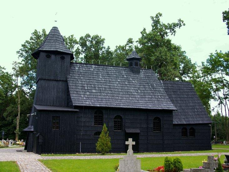 Drewniany kościół w Starym Olesnie został zbudowany w 1680r.