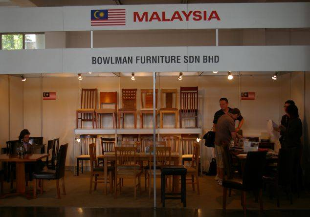 Producenci mebli z Malezji i Chin na poznańskich targach Meble 2008