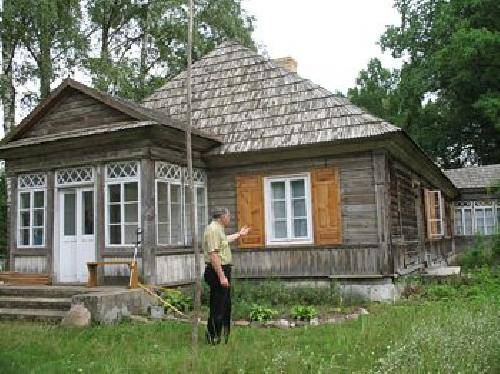 Do tegorocznej edycji konkursu zgłoszono 63 obiekty budownictwa drewnianego z terenu 22 gmin.