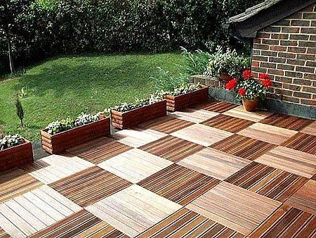 Drewno na tarasie zapewnia niepowtarzalną atmosferę