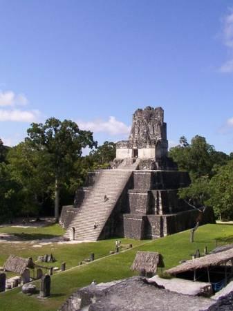 Jedna ze świątyń Majów w Tikál