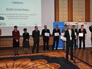 Prezes De Art odbiera nagrodę PARP na Ogólnopolskim forum e-biznesu - trendy i prognozy