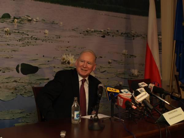 Maciej Nowicki, minister środowiska