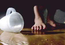 Melaminy jest obecna w naszym codziennym życiu m.in. w postaci laminatów na podłogach i meblach
