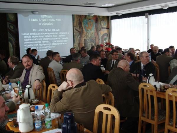 RDLP w Olsztynie: Leśnicy rozmawiają z przedsiębiorcami leśnymi
