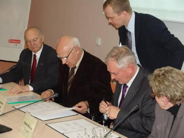 SITLiD podpisał umowę z UDT