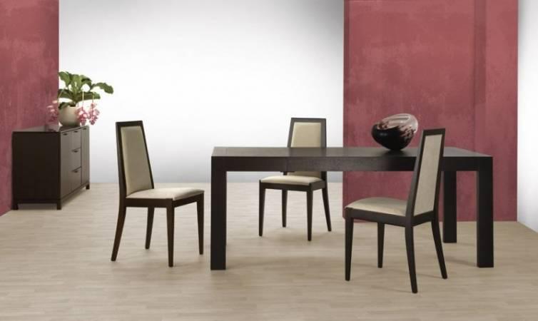 Stół drewniany Benxi z oferty Myin.pl