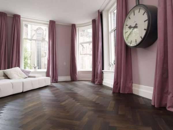 Podłoga to bardzo ważny element wystroju. Nie zmieni się go tak łatwo i szybko jak mebli czy koloru ścian.