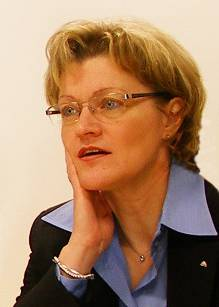 Barbara Ahlers, Prezes firmy Roto Frank Okucia Budowlane