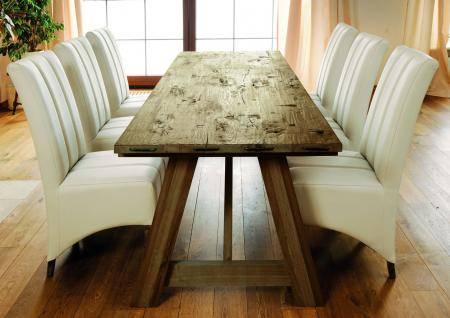 Stół Castle i krzesła Primus firmy Jadik