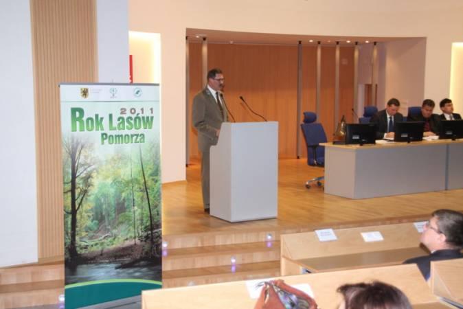 Sejmik Województwa Pomorskiego jednogłośnie przyjął uchwałę ustanawiającą rok 2011 Rokiem Lasów Pomorza.