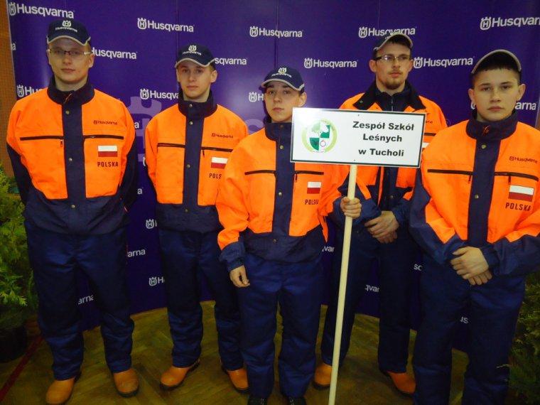 Zwycięska drużyna ZSL w Tucholi