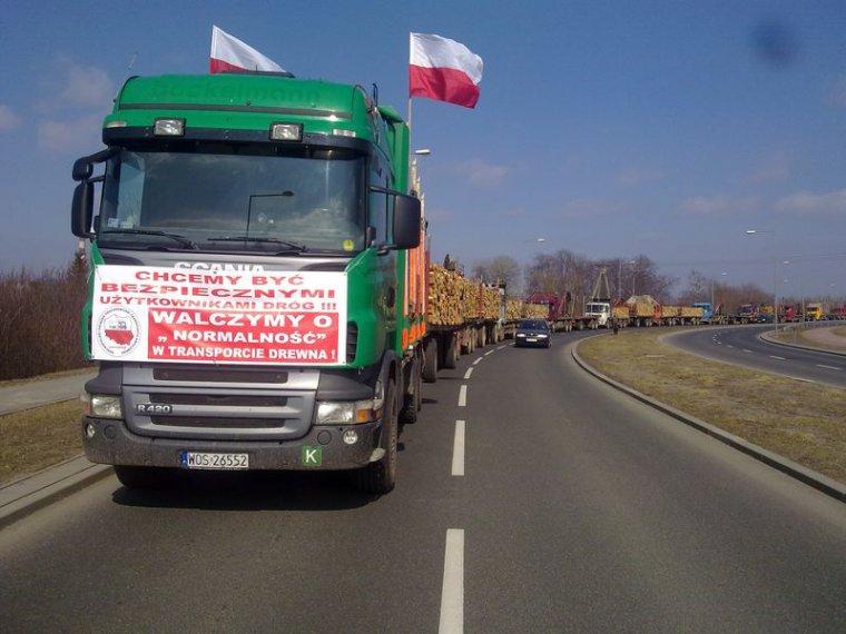 Protest przewoźników drewna w Ostrołęce