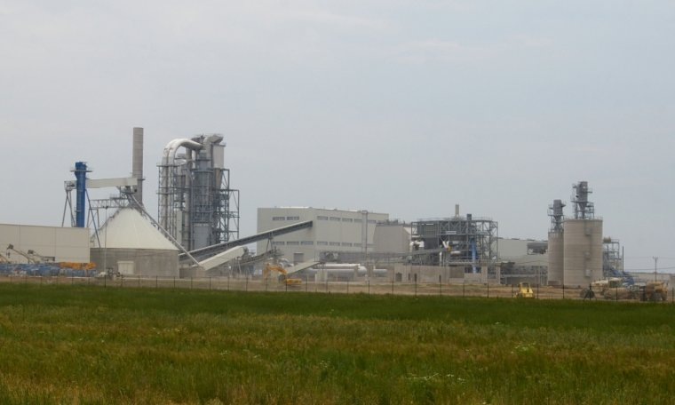 Tartak w Koszkach powstanie obok fabryki UT HDF. Na zdjęciu widać prace związane z przygotowaniem terenu pod budowę.