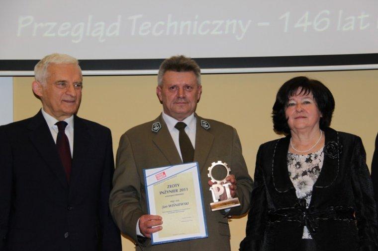 Na zdjęciu od lewej: Jerzy Buzek, Jan Wiśniewski, Ewa Mańkiewicz-Cudny