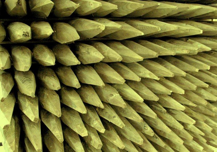 Impregnacja drewna pozwala wydłużyć okres użytkowania drewna ogrodowego