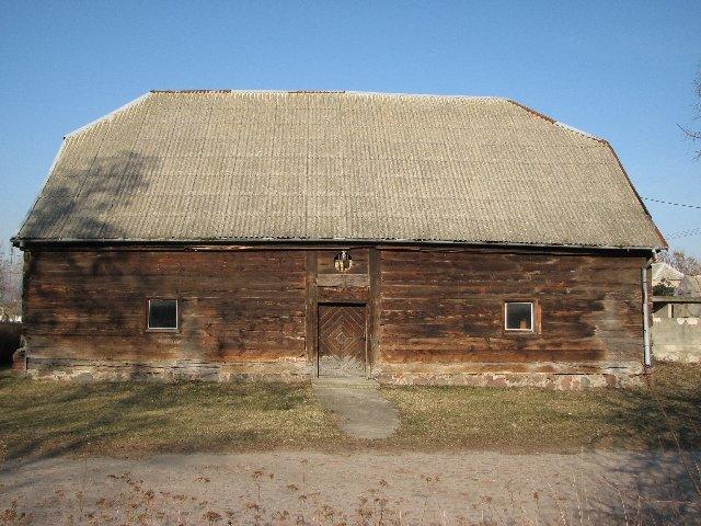 Drewnainy spichlerz dworski w Rzeszynku