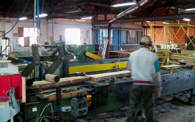 Efektywny proces produkcyjny, czyli jak zapewnić ciągłość produkcji przy jednoczesnej redukcji kosztów wytworzenia