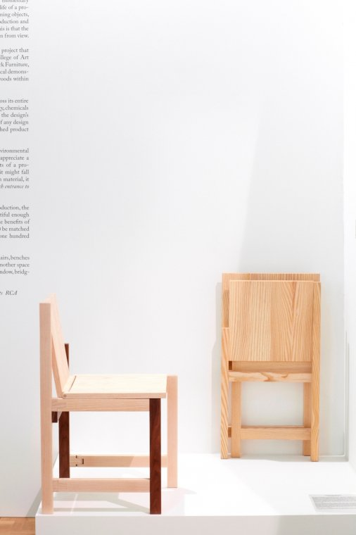 Instalacja Out of the Woods - projekt Folded Chair