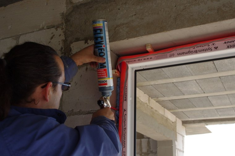 Szczelność to jeden z najbardziej istotnych parametrów stolarki okiennej.