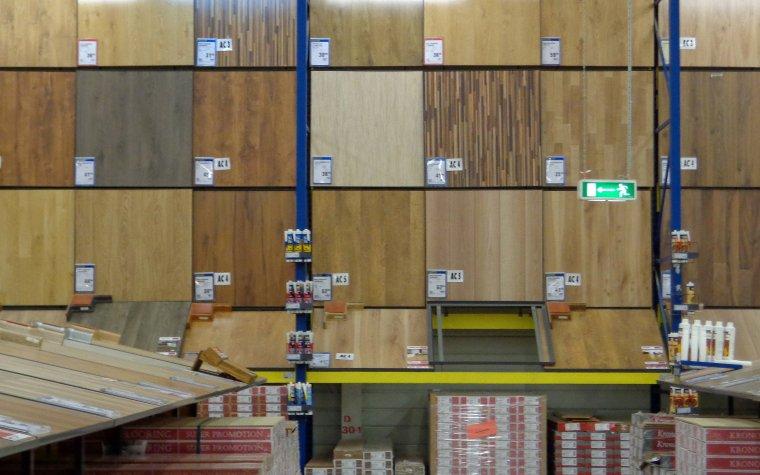 Od kilku miesięcy utrzymuje się niski popyt na podłogowe panele laminowane