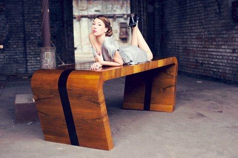 Stół Aart Deco powstawanie w limitowanej kolekcji
