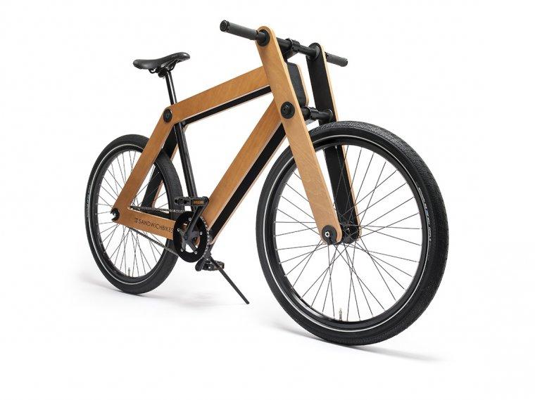 Producent podkreśla, że dewno użyte do produkcji roweru pochodzi z lasów certyfikowanych w systemie PEFC