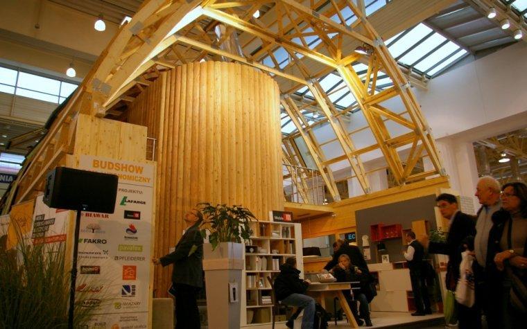 Moc drewna na targach BUDMA 2014
