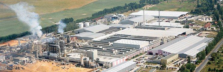 Fabryka Kronoplu w Żarach