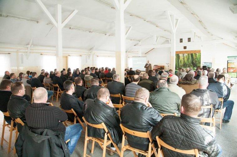 W spotkaniu w Tucholi uczestniczyło ok. stu przedstawicieli Zakładów Usług Leśnych.